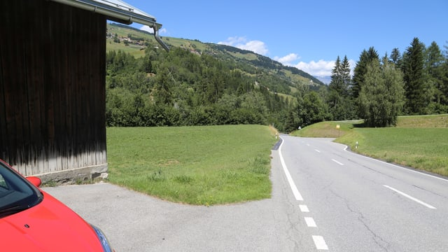 A Suadetsch/Paiden sper la via chantunala vul la 7132 s'atterrar sin il terren da Balzer Arpagaus.