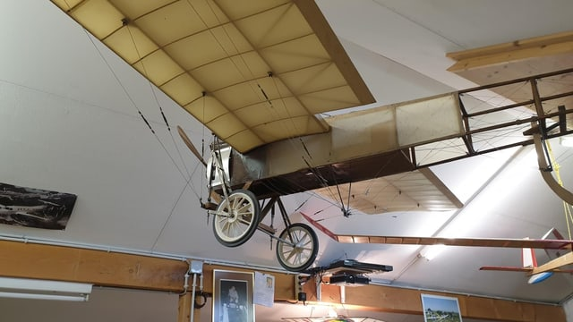 Altes Modellflugzeug