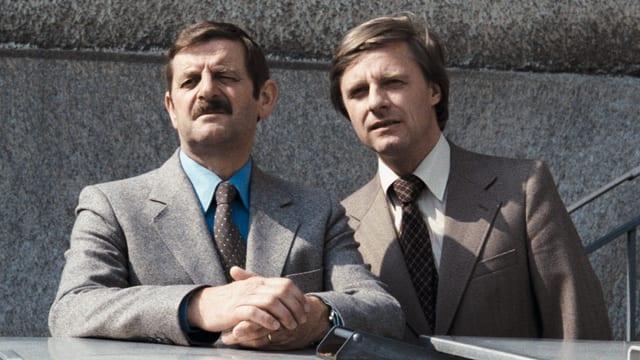 Walö Lüönd und Emil Steinberger als Beamte