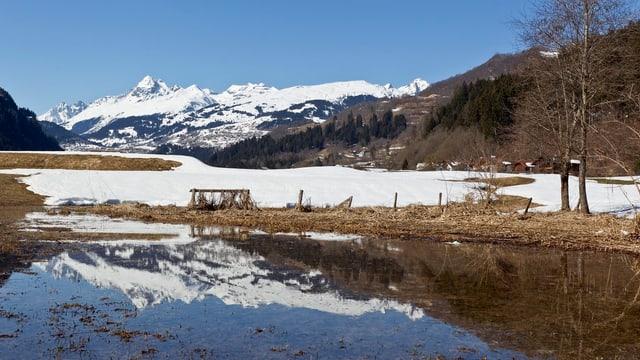 Panorama auf Berge.