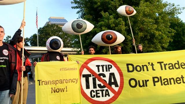 Gegen das Freihandelsabkommen TiSA wird in Genf immer wieder demonstriert.