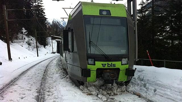 Entgleister BLS-Zug