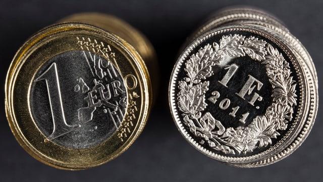 In euro ed in franc svizzer.