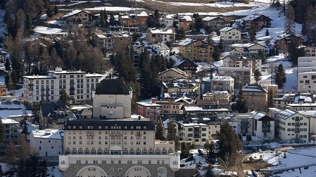 La vischnanca da Puntraschigna chala da limitar la vendita d'abitaziuns ad esters.