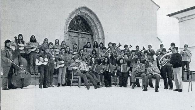 Giuvens musicists da Sent