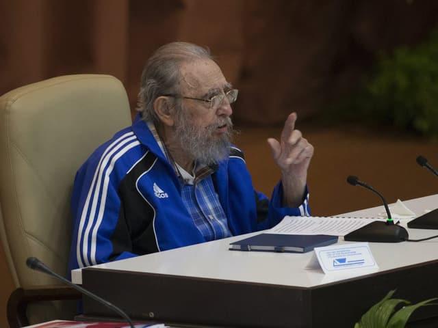 Fidel Castro am Parteikongress in Kuba