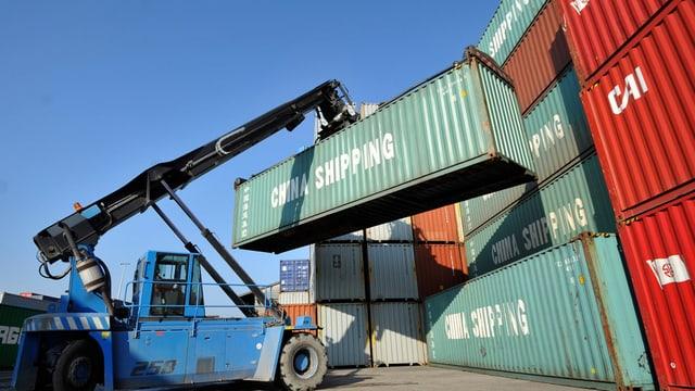 Rauba en containers pronta per exportar