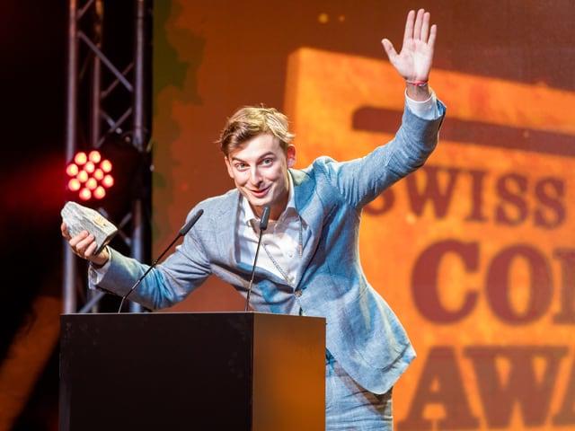 Supercedi mit seinem Comedy Award