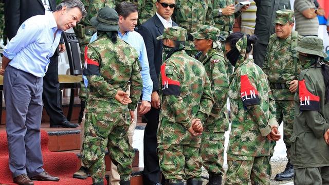 Kolumbiens Präsident Santos spricht zu ELN-Rebellen