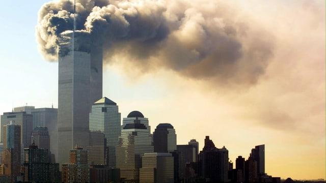 Die brennenden Türme des World Trade Center am 11. September 2001.