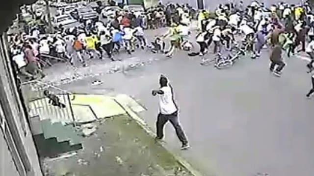 Strassenszene in New Orleans während der Schiesserei.