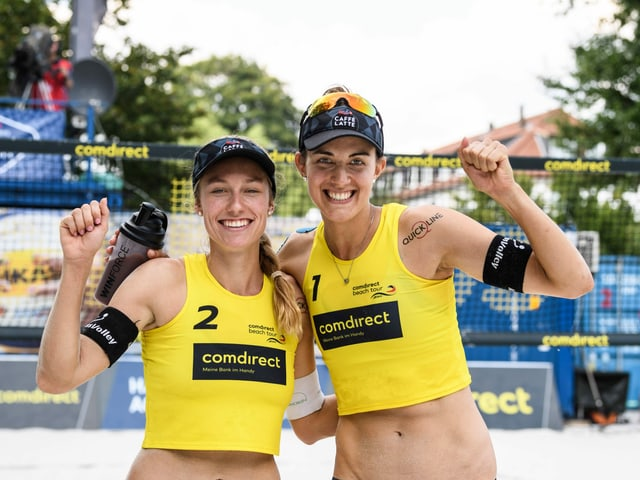 Nina Betschart (l.) und Tanja Hüberli.