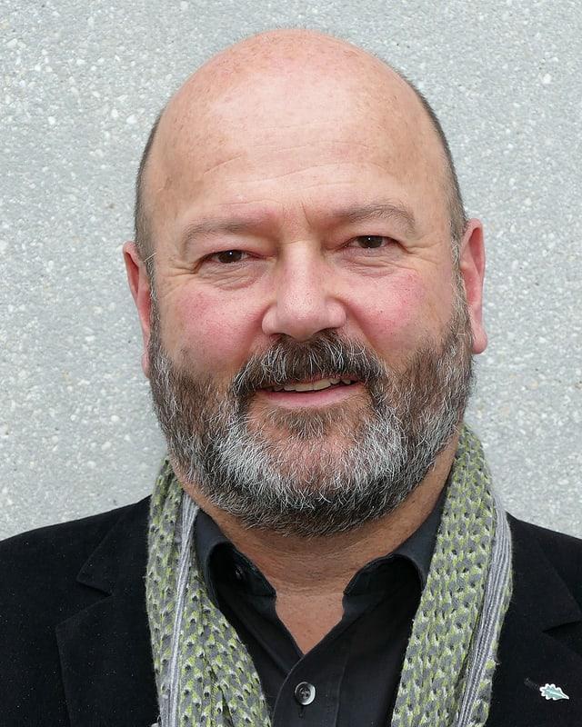 Portraitfoto von Prof. Andreas Rigling