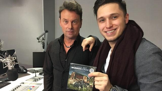 Purtret da Florian Ast ensemen cun Ivo Orlik en il studio RTR