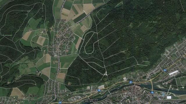 Satelitenaufnahme der Gemeinde Riniken