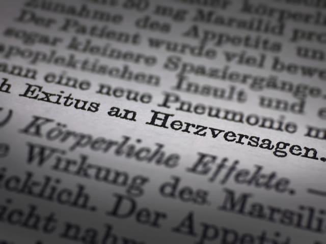 """Textstelle in Dokument. Darauf steht: """"Exitus an Herzversagen""""."""