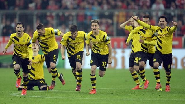 ballapedists dal club da Borussia Dortmund sa legran