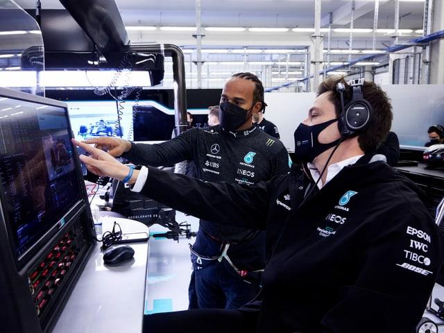 Lewis Hamilton und sein Chef Toto Wolff