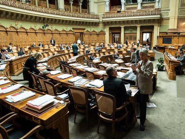 Nationalratssaal zu Beginn einer Debatte.