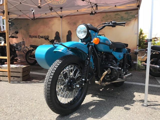 Blaues Motorrad