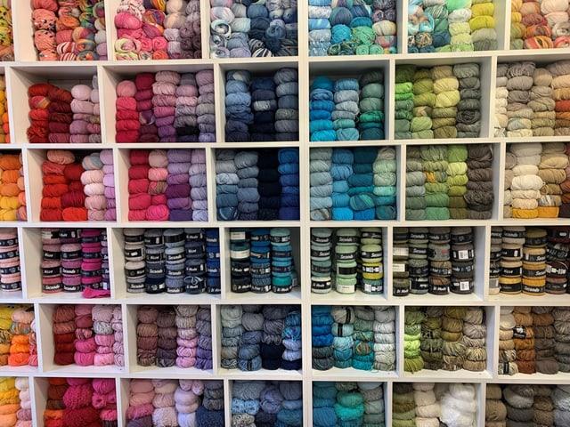 Eine grosse Auswahl verschiedenster Wolle findet man in Arbon.