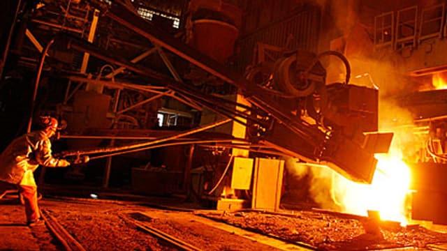 Produktionshalle des Stahlkonzerns Schmolz+Bickenbach