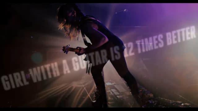 Songtext wird sogar im Video eingeblendet.