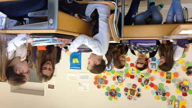 Eine Klasse der Mädchensekundarschule «Flade» in St. Gallen im Englisch-Unterricht.