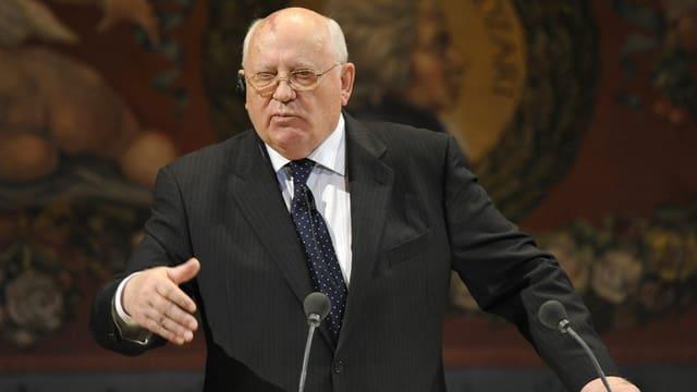 Michael Gorbatschow il 2010 a Dresden.