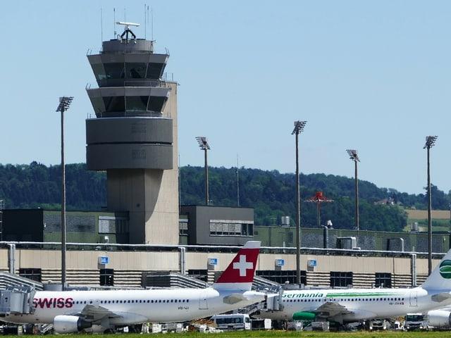 Tower am Flughafen Zürich
