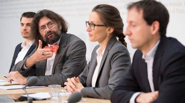 Das Rasa-Komitee an der Medienkonferenz