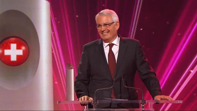 Bruno Giussani am Rednerpult.