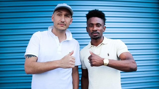 Lukie Wyniger (links) mit Reggae-Star Christopher Martin.