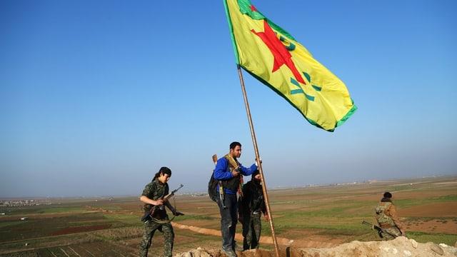 YPG-Kämpfer an der syrisch-türkischen Grenze.