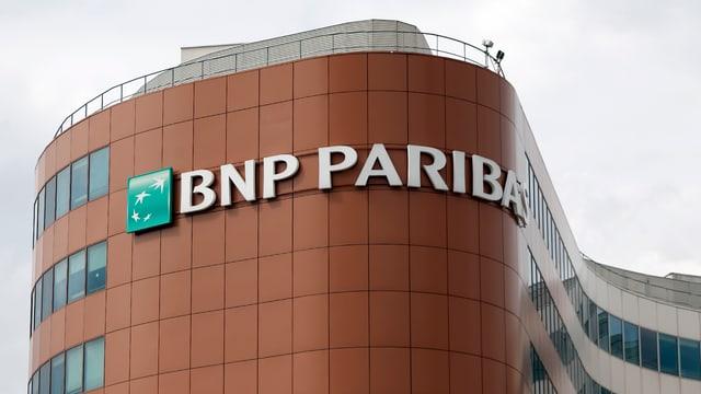 Eine Niederlassung der BNP Paribas in Paris