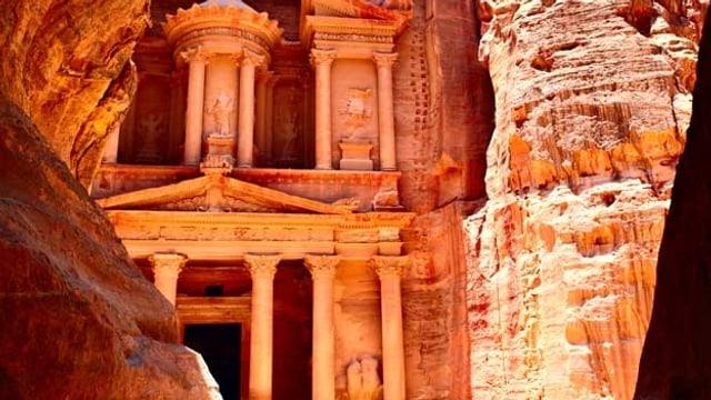 Das Portal zur antiken Felsenstadt Petra.