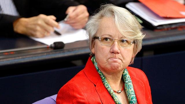 Portrait der ehemaligen deutschen Bildungsministerin Annette Schavan.