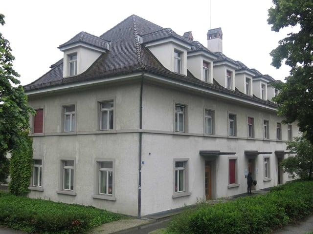 Haus der bisherigen Jugendherberge Freiburg.
