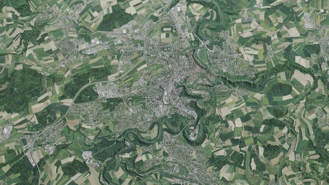 Luftbild der Stadt.