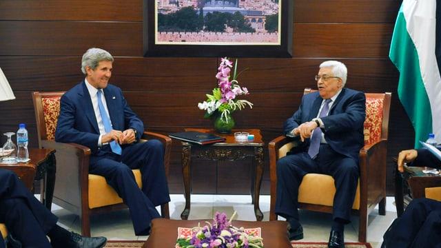 John Kerry und Mahmud Abbas