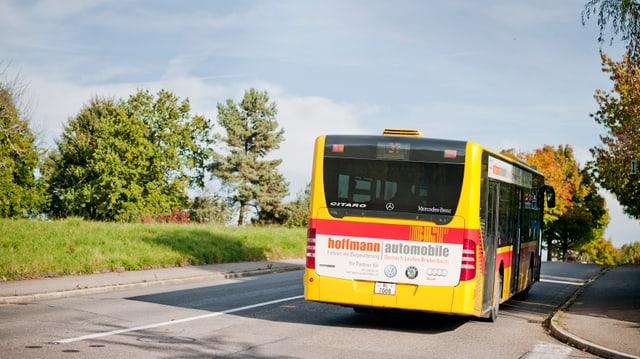 Bus auf einer Strasse