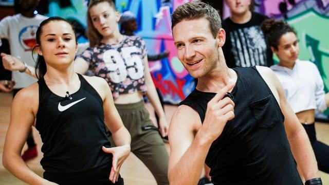 Video «Der «Jobtausch» in den USA und in der Schweiz: Die Tänzer» abspielen
