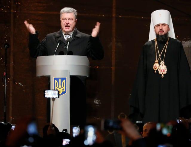 Poroschenko stellt das neue Kirchenoberhaupt vor