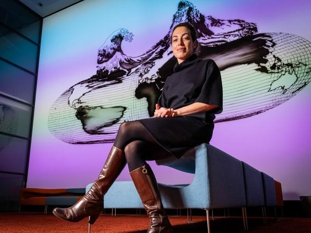 Gianna Luzio en il Center da medias a Berna.
