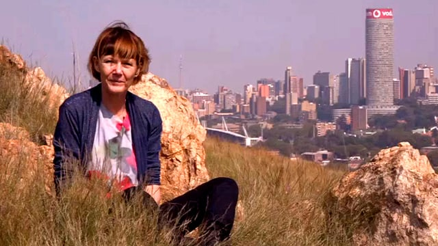 SRF-Korrespondentin Cristina Karrer in ihrer Wahlheimatstadt Johannesburg.