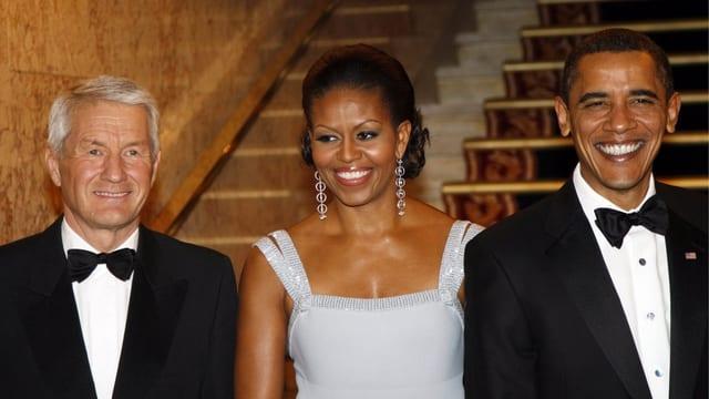 Thorbjoern Jagland zusammen mit Michelle und Barack Obama