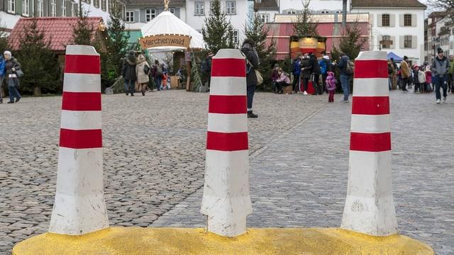 Blockade, die Anschlag auf Weihnachtsmarkt verhindern soll.