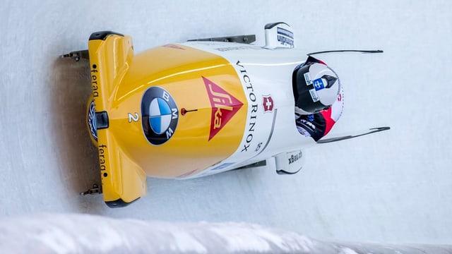 Ils dus pilots svizzers Beat Hefti (davant) e ses stumplader Alex Baumann (davos) durant la cursa.