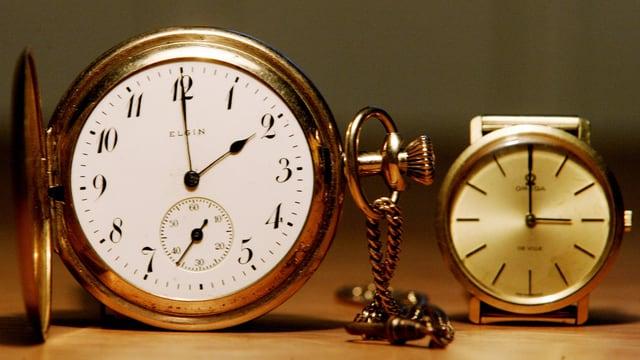 Duas uras: ina mussa las 02:00 l'autra las 03:00