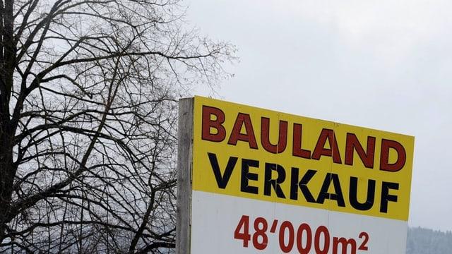 Künftig gehen Grundbuchgeschäfte schneller im Kanton Bern - dank elektronischer Geschäftsverkehrs-Datenbank.